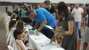 estante-magica-evento-autografos