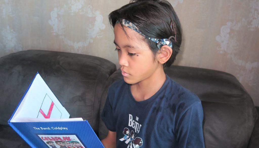 Deficiência auditiva na escola