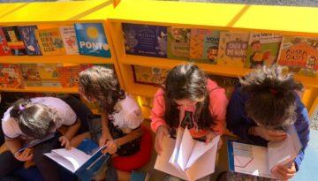 Alunos lançam livros na FLIP